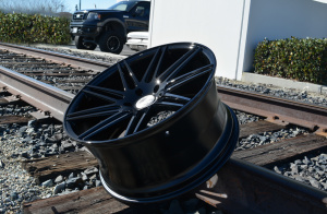 roadforce-wheels-rf11-black-5x130-5-300x196.jpg